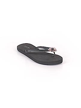 SONOMA life + style Flip Flops Size 7 - 8