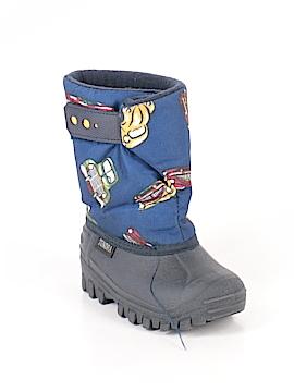 Tundra Boots Size 8