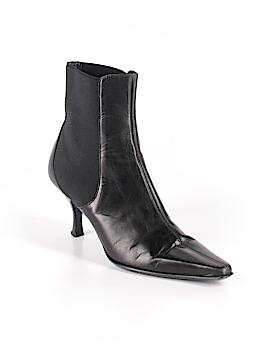 Donald J Pliner Ankle Boots Size 5 1/2