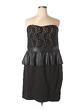 Torrid Cocktail Dress Size 26 (Plus)