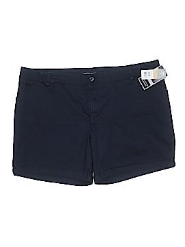 Lee Khaki Shorts Size 24W (Plus)