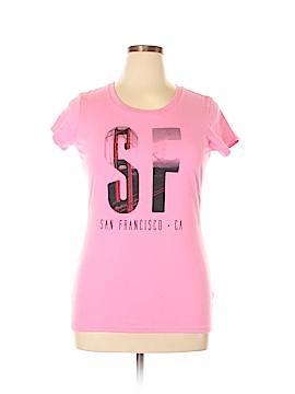 District. Short Sleeve T-Shirt Size XL