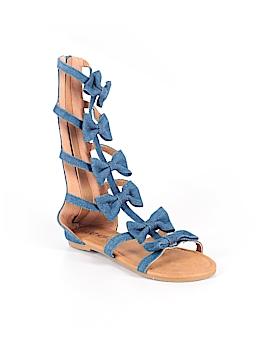 I heart Yokids Sandals Size 1