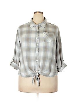 Heart-N-Crush Long Sleeve Button-Down Shirt Size 2X (Plus)