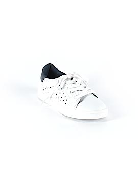 Sugar Sneakers Size 6