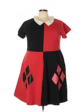 DC Comics Casual Dress Size 4 (Plus)