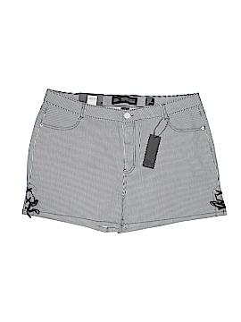 Chic Denim Shorts Size 20 (Plus)
