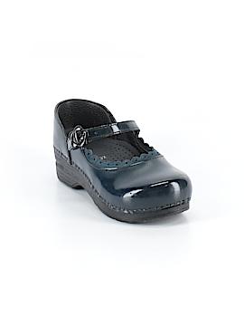 Dansko Clogs Size 32 (EU)