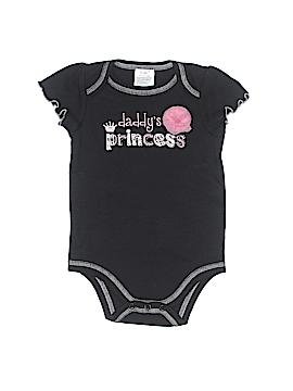 Baby Essentials Short Sleeve Onesie Size 3-6 mo