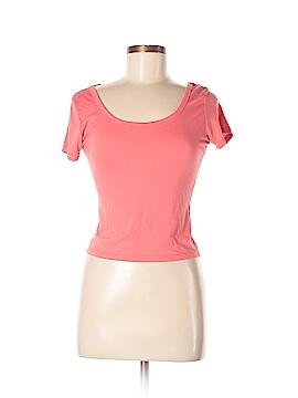 Essentials by Full Tilt Short Sleeve T-Shirt Size M
