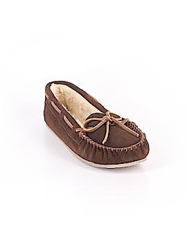 Minnetonka Flats Size 4