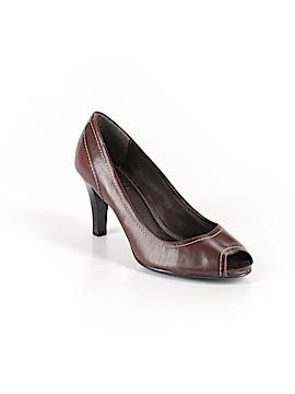 Axcess Heels Size 7 1/2