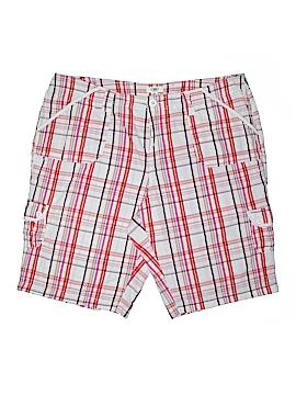 Old Navy Khaki Shorts Size 30 (Plus)