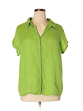 Avenue Short Sleeve Button-Down Shirt Size 18/20 (Plus)