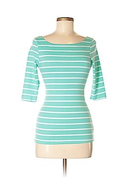Heart Hips Short Sleeve T-Shirt Size S