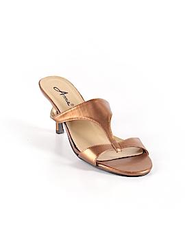 Annie Mule/Clog Size 8
