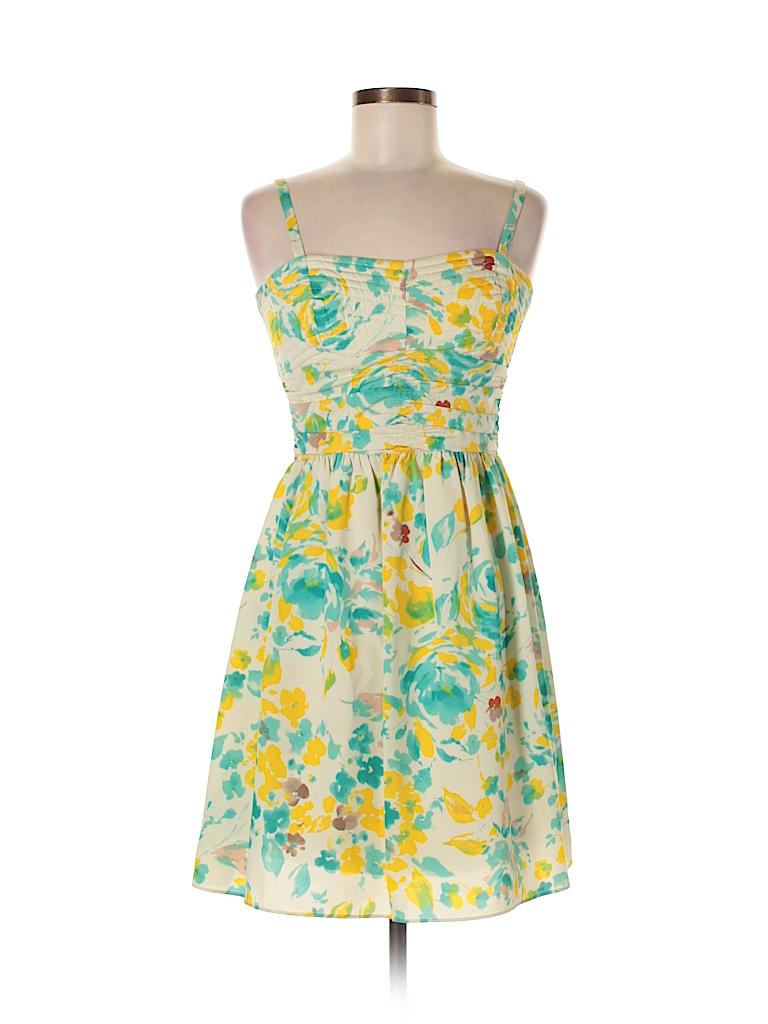 718a89f03dd GB Gianni Bini 100% Rayon Floral Beige Casual Dress Size 6 - 74% off ...
