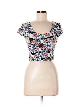 Xhilaration Short Sleeve T-Shirt Size S (Petite)