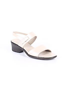 Munro American Heels Size 12