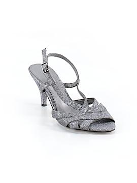 Michelle D. Heels Size 6