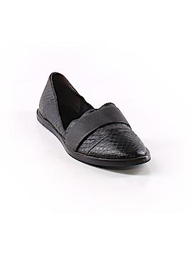 Vince. Flats Size 5 1/2
