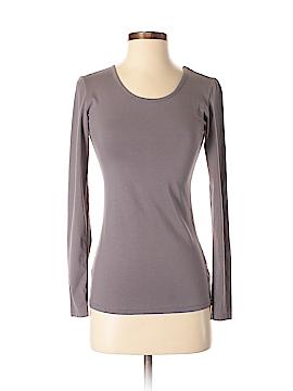 De Collection Long Sleeve T-Shirt Size S