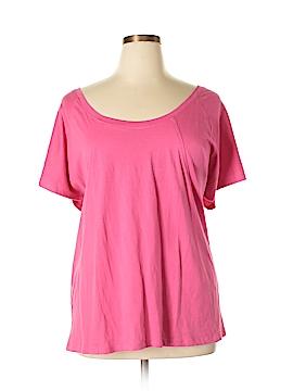 Avenue Short Sleeve T-Shirt Size 30 (Plus)