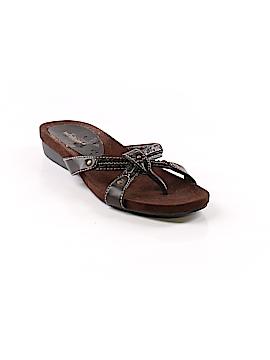 White Mountain Flip Flops Size 8 1/2
