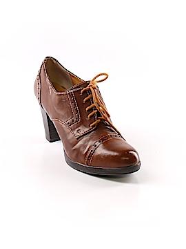 G.H. Bass & Co. Heels Size 8 1/2