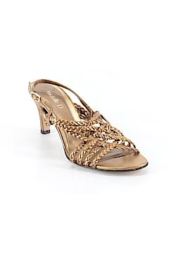 Michelle D. Heels Size 7
