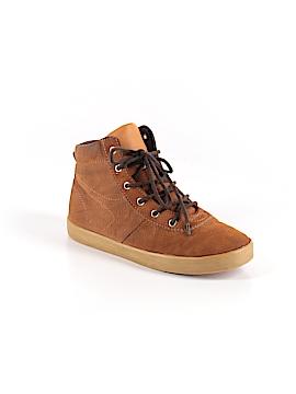 Gap Sneakers Size 4