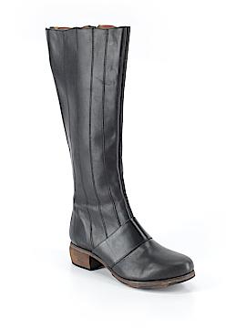 OluKai Boots Size 10