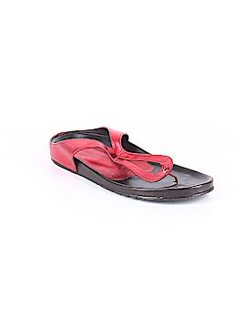 Donald J Pliner Flip Flops Size 10
