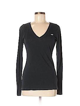 Hollister Long Sleeve T-Shirt Size M