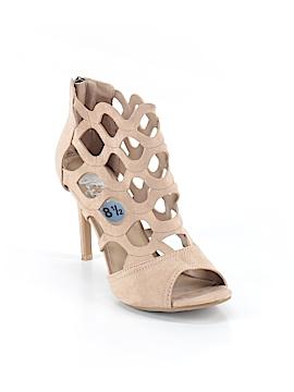 Madeline Stuart Heels Size 8 1/2