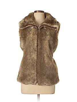 C. Wonder Faux Fur Vest Size XL