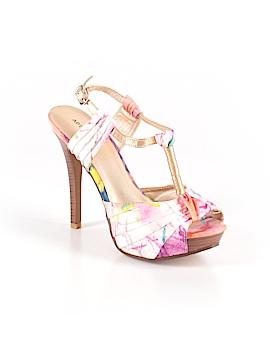 Apt. 9 Heels Size 8