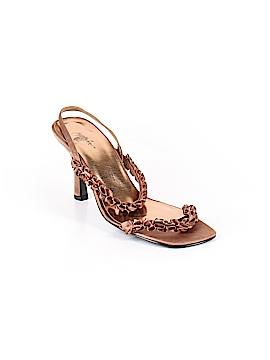 Jacqueline Ferrar Heels Size 9