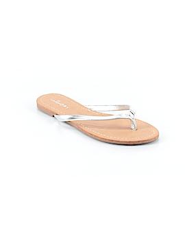 Unionbay Flip Flops Size 6