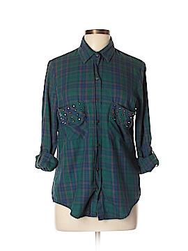 Leara Woman Long Sleeve Button-Down Shirt Size XL