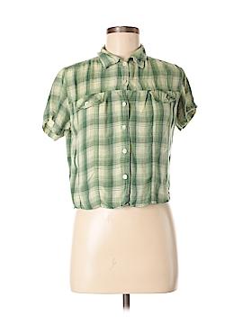 Magazine Short Sleeve Button-Down Shirt Size L