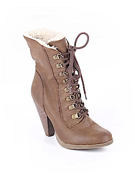 Elle Boots Size 8