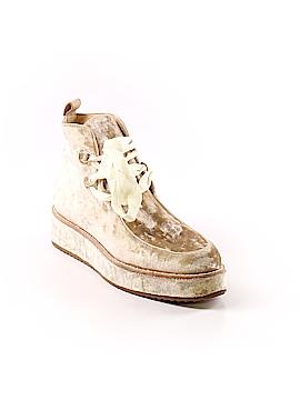 Bill Blass Sneakers Size 9