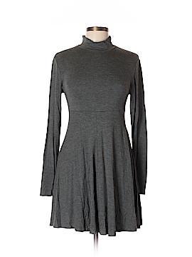 White Plum Casual Dress Size L