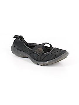 Pr!vo Flats Size 6