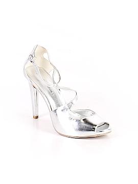 Audrey Brooke Heels Size 9