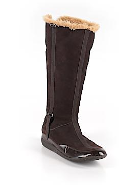 Nurture Boots Size 9