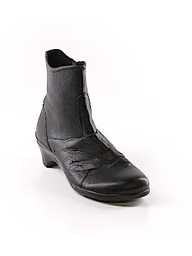 Aravon Ankle Boots Size 9