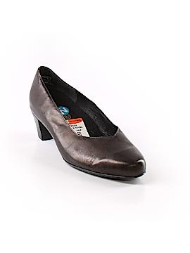 Munro American Heels Size 9 1/2