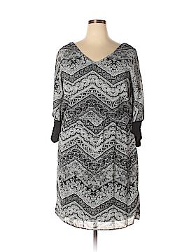 Emma & Michele Casual Dress Size 1X (Plus)